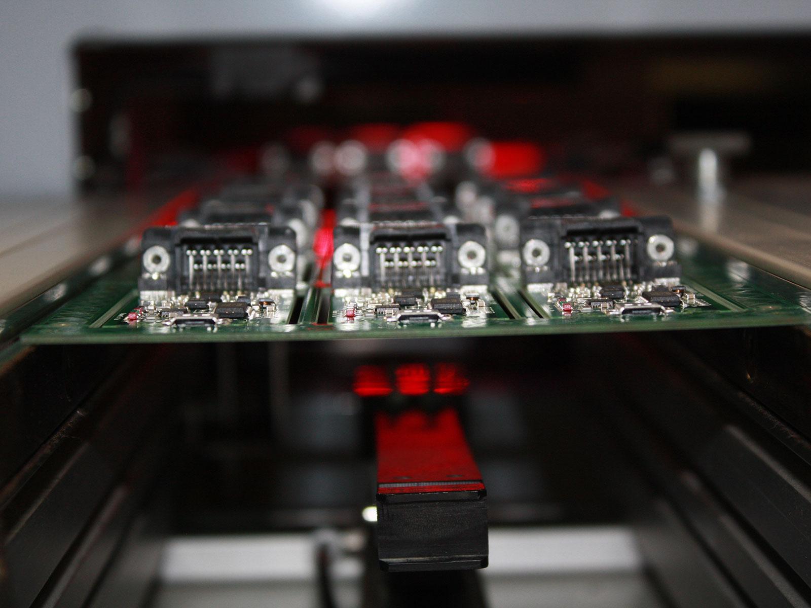 Broadweigh circuit boards